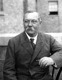 Arthur Conan Doyle