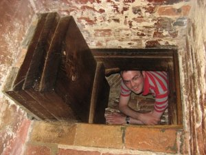 Priest hole