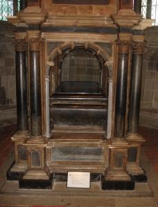 Warwick Tomb
